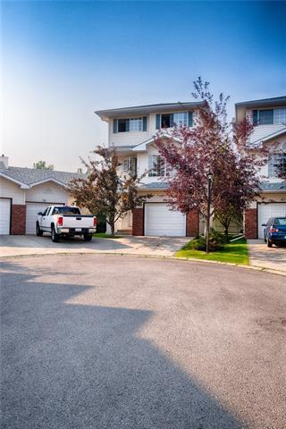 42 Lincoln Green SW, Calgary, AB T3E 7G6 (#C4200994) :: Your Calgary Real Estate