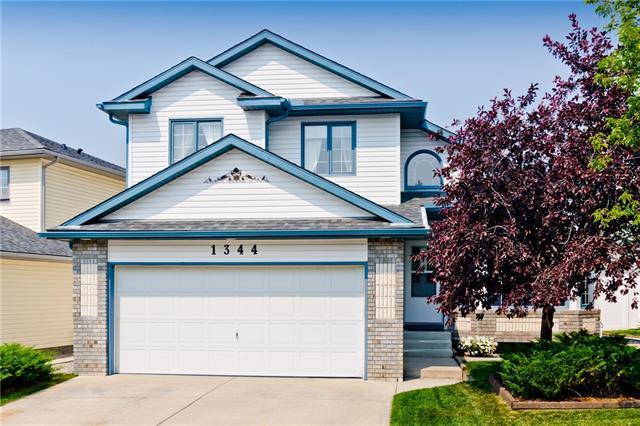 1344 Meadowbrook Drive SE, Airdrie, AB T4A 2B3 (#C4201041) :: Redline Real Estate Group Inc