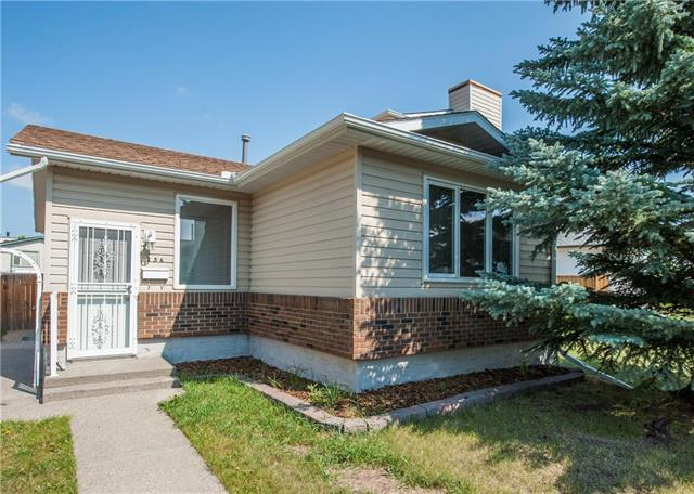 256 Deerview Court SE, Calgary, AB T2J 6J9 (#C4201073) :: Canmore & Banff