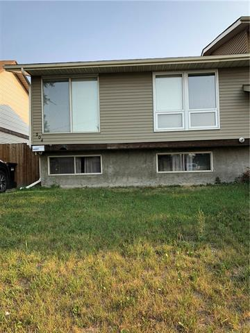 204 Abinger Crescent NE, Calgary, AB T2A 6L3 (#C4201099) :: Canmore & Banff