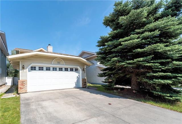 152 Sandpiper Circle NW, Calgary, AB T2M 3M5 (#C4201106) :: Redline Real Estate Group Inc