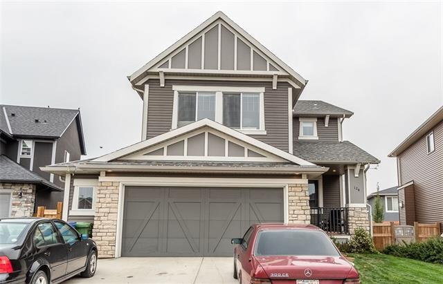 124 Kinniburgh Gardens, Chestermere, AB T1X 0R7 (#C4201159) :: Canmore & Banff