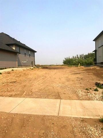 180 Wildrose Drive, Strathmore, AB T1P 0H1 (#C4201175) :: Redline Real Estate Group Inc