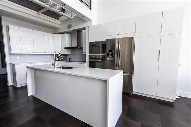 315 24 Avenue SW #422, Calgary, AB T2S 3E7 (#C4201307) :: Redline Real Estate Group Inc