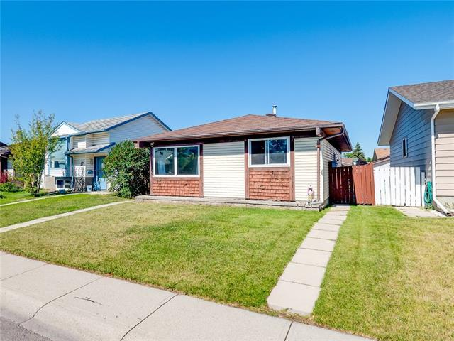 29 Aberdare Way NE, Calgary, AB T2A 6T6 (#C4201377) :: Your Calgary Real Estate