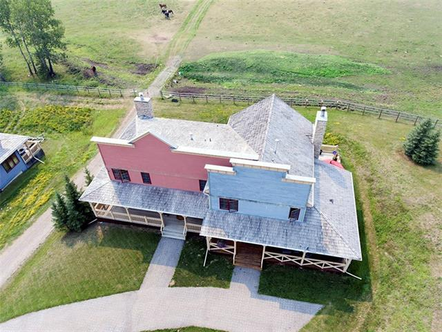 63 Cowboy Trail, Rural Foothills M.D., AB T0L 1K0 (#C4201606) :: Redline Real Estate Group Inc