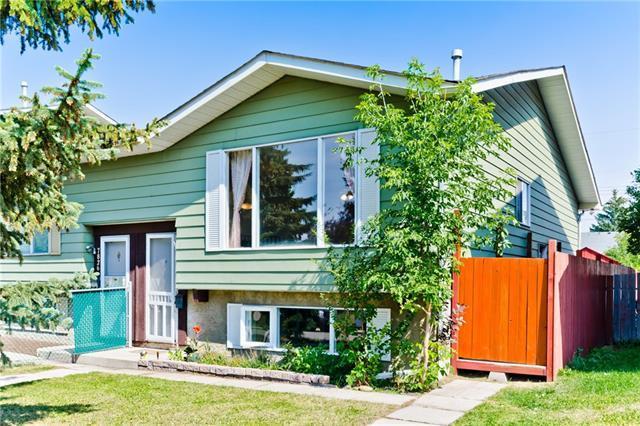 7828 21A Street SE, Calgary, AB T2C 1Z2 (#C4201650) :: Canmore & Banff