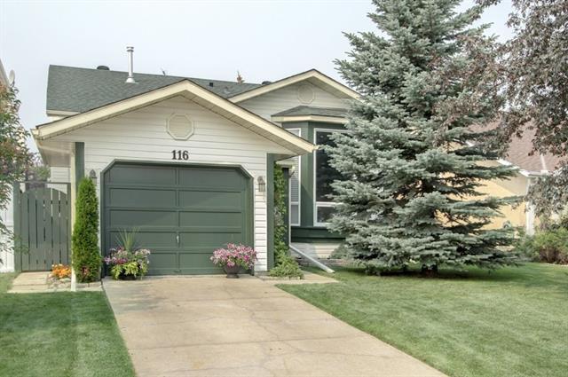 116 Millrise Close SW, Calgary, AB T2Y 2T3 (#C4201868) :: The Cliff Stevenson Group