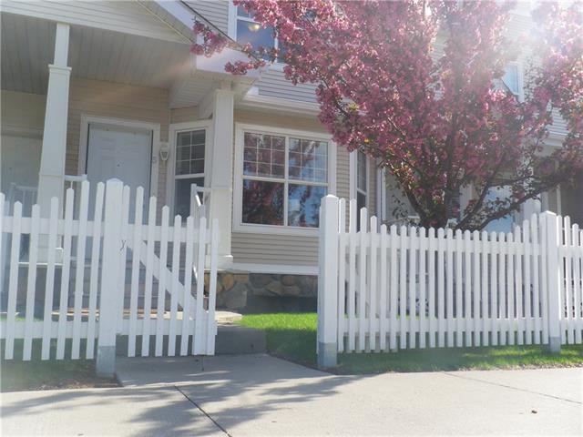 5 Country Village Landing NE, Calgary, AB T3K 5K1 (#C4201982) :: Redline Real Estate Group Inc