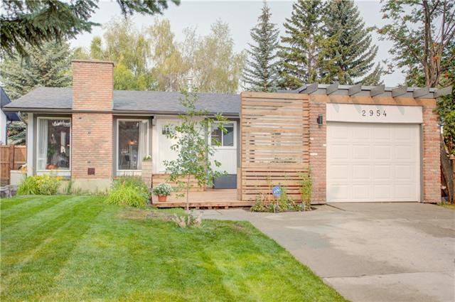 2954 Oakmoor Crescent SW, Calgary, AB T2V 3Z7 (#C4202067) :: Calgary Homefinders