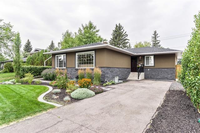 8007 7 Street SW, Calgary, AB T2V 1G5 (#C4202384) :: Redline Real Estate Group Inc