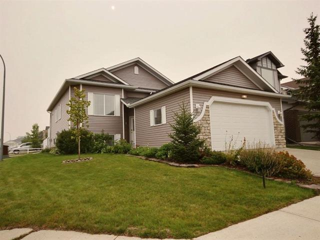 1717 Thorburn Drive SE, Airdrie, AB T4A 2E6 (#C4202422) :: Redline Real Estate Group Inc