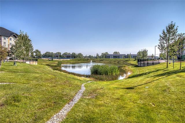 304 Mackenzie Way SW #8122, Airdrie, AB T4B 3H8 (#C4202493) :: Canmore & Banff
