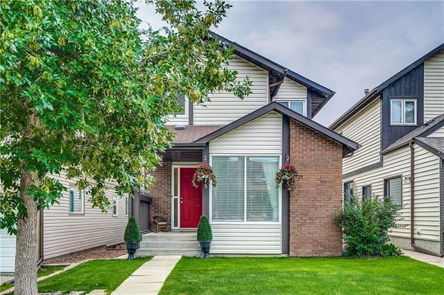 15 Strathcona Crescent SW, Calgary, AB T3H 1K9 (#C4202554) :: Calgary Homefinders