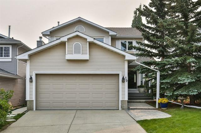 19 Macewan Park Circle NW, Calgary, AB T3K 4A2 (#C4202604) :: Redline Real Estate Group Inc