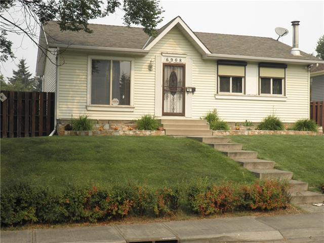 6908 15 Avenue SE, Calgary, AB  (#C4202854) :: The Cliff Stevenson Group