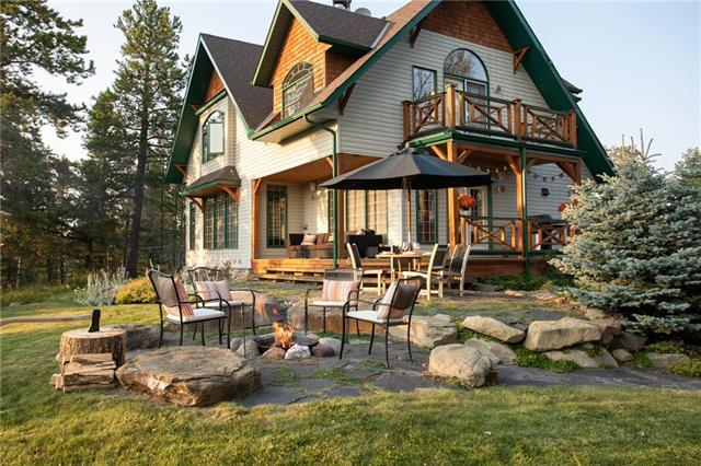 194 Fawn Hills Drive, Bragg Creek, AB T0L 0K0 (#C4203153) :: Calgary Homefinders