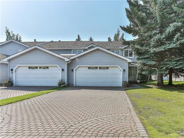 8 Wood Crescent SW, Calgary, AB T2W 4B6 (#C4203173) :: Redline Real Estate Group Inc