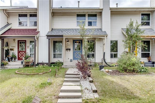 2167 Woodview Drive SW, Calgary, AB T2W 3N8 (#C4203282) :: Redline Real Estate Group Inc