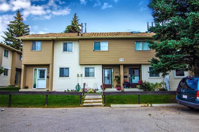 2519 38 Street NE #48, Calgary, AB T1Y 4W8 (#C4203312) :: Redline Real Estate Group Inc