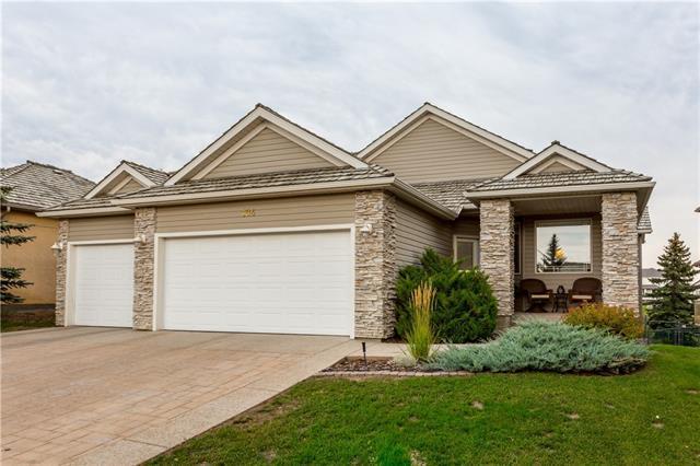 104 Crystalridge Drive, Okotoks, AB T1S 1P4 (#C4203369) :: Redline Real Estate Group Inc