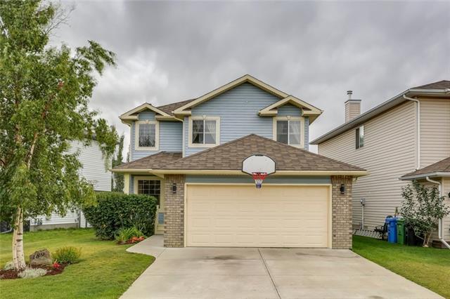 189 Harvest Creek Close NE, Calgary, AB T3K 4P8 (#C4203370) :: Redline Real Estate Group Inc