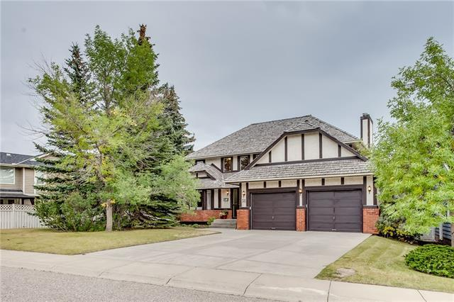31 Stradbrooke Rise SW, Calgary, AB T3H 1T8 (#C4203530) :: Redline Real Estate Group Inc