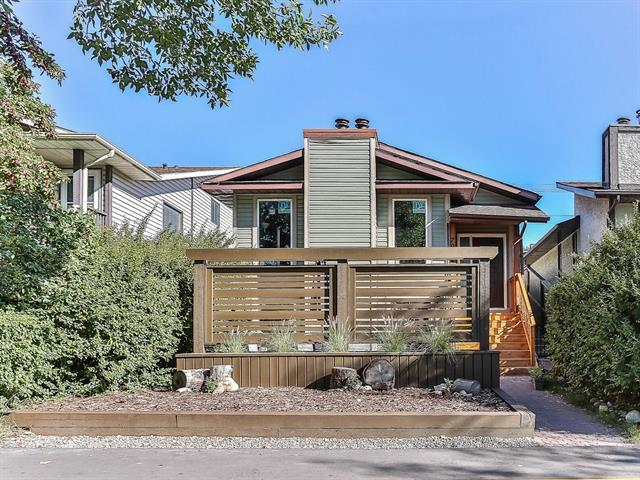 7912 Ranchview Drive NW, Calgary, AB T3G 1S9 (#C4203581) :: Redline Real Estate Group Inc