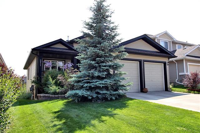 211 Westmount Crescent, Okotoks, AB T1S 2J2 (#C4203624) :: Tonkinson Real Estate Team