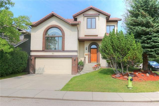 84 Woodhaven Road SW, Calgary, AB T2W 5P2 (#C4203644) :: Redline Real Estate Group Inc