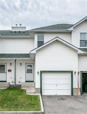 73 Sandpiper Lane NW, Calgary, AB T3K 4L7 (#C4203646) :: Redline Real Estate Group Inc