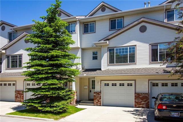 118 Country Hills Cove NW, Calgary, AB T3K 5G7 (#C4203708) :: The Cliff Stevenson Group