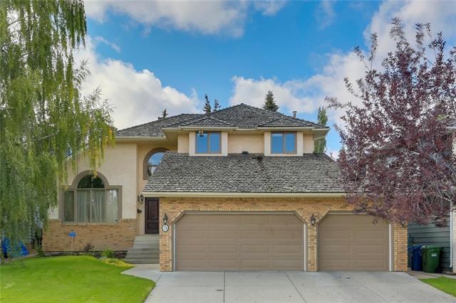 74 Shawnee Crescent SW, Calgary, AB T2Y 1W2 (#C4203819) :: Your Calgary Real Estate