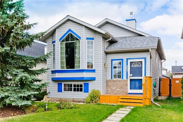 257 Harvest Rose Circle NE, Calgary, AB T3K 4P5 (#C4203925) :: Redline Real Estate Group Inc