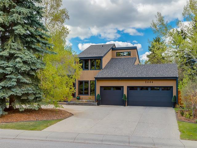 2002 Pump Hill Way SW, Calgary, AB T2V 4M4 (#C4204077) :: Redline Real Estate Group Inc