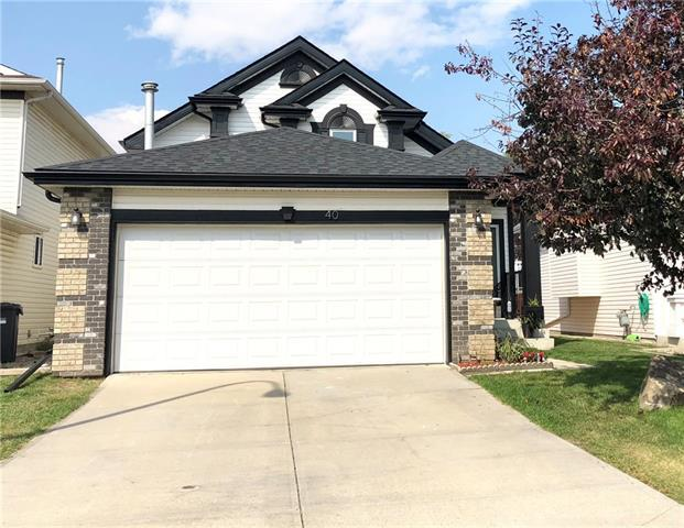40 Citadel Close NW, Calgary, AB T3G 4A5 (#C4204104) :: Canmore & Banff