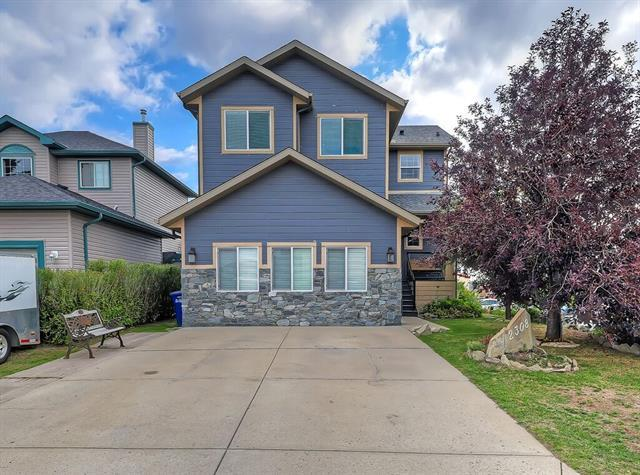 2308 Luxstone Boulevard SW, Airdrie, AB T4B 2W6 (#C4204135) :: Redline Real Estate Group Inc