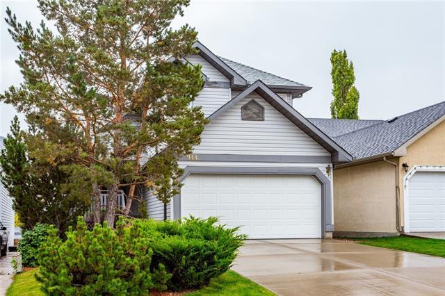 944 Harvest Hills Drive NE, Calgary, AB T3K 4L6 (#C4204274) :: Redline Real Estate Group Inc