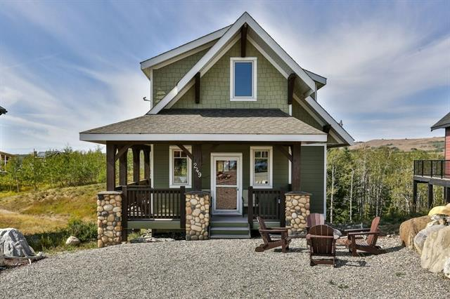249 Cottageclub Crescent, Rural Rocky View County, AB T4C 1B1 (#C4204297) :: Your Calgary Real Estate