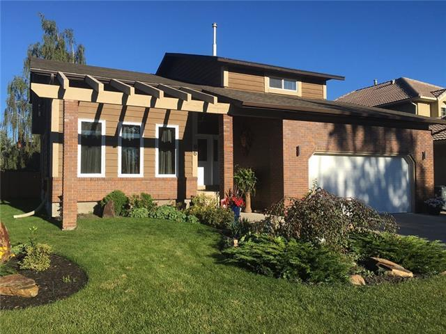 96 Deerbrook Road SE, Calgary, AB T2J 6K6 (#C4204373) :: Redline Real Estate Group Inc
