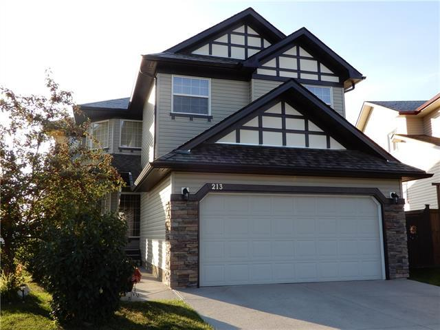 213 Westmount Bay S, Okotoks, AB T1S 0B5 (#C4204412) :: Redline Real Estate Group Inc