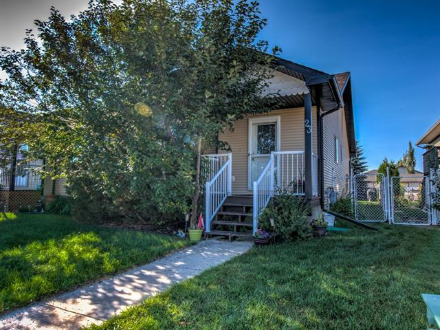 23 Westlake Circle, Strathmore, AB T1P 1P9 (#C4204445) :: Your Calgary Real Estate