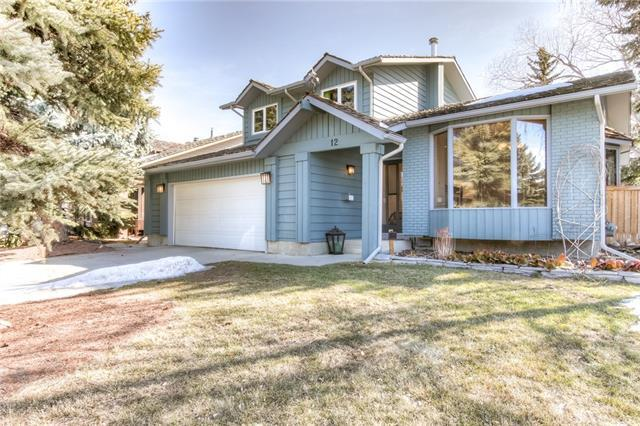 12 Woodgreen Crescent SW, Calgary, AB T2W 4A5 (#C4204469) :: Redline Real Estate Group Inc