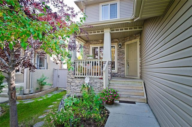 70 Cresthaven Way SW, Calgary, AB T3B 5X8 (#C4204540) :: Redline Real Estate Group Inc