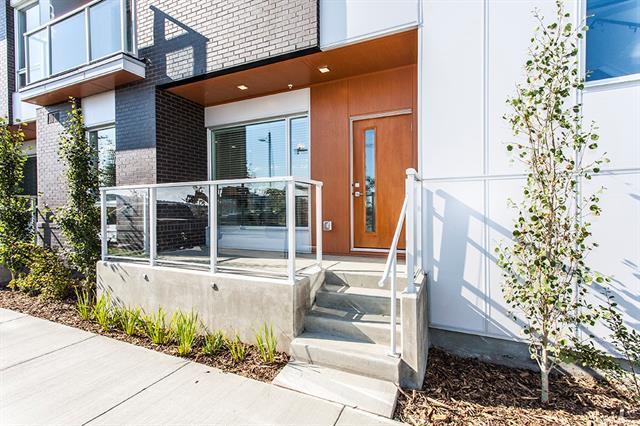 3130 Thirsk Street NW #120, Calgary, AB T3B 6H4 (#C4204544) :: Calgary Homefinders