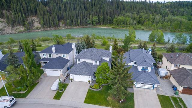 76 Riverview Circle, Cochrane, AB T4C 1K4 (#C4204600) :: Redline Real Estate Group Inc