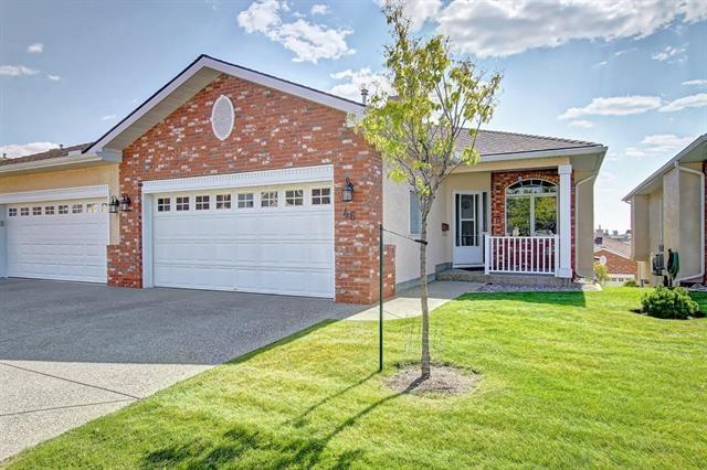 99 Christie Point(E) SW #46, Calgary, AB T3H 3K8 (#C4204623) :: Redline Real Estate Group Inc
