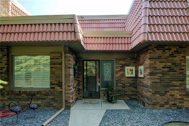 714 Willow Park Drive SE #39, Calgary, AB T2J 0L8 (#C4204750) :: Redline Real Estate Group Inc