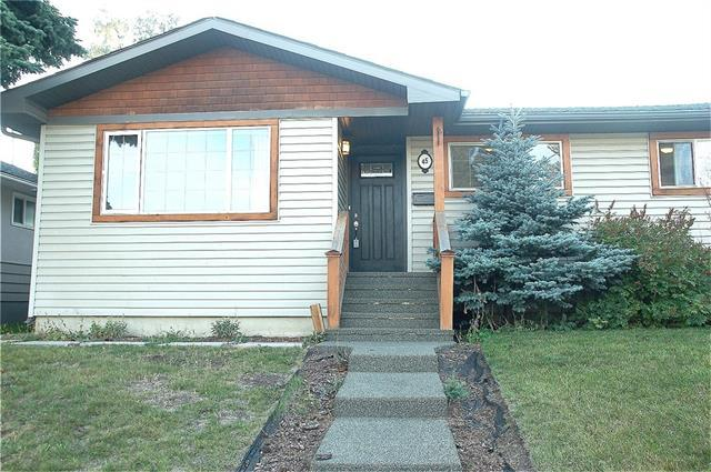 45 Kentish Drive SW, Calgary, AB T2V 2L4 (#C4204802) :: Redline Real Estate Group Inc