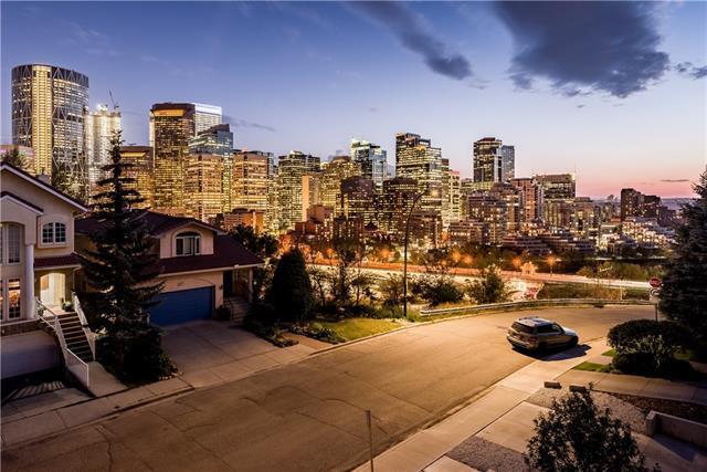 212 2 Avenue NE, Calgary, AB T2E 0E2 (#C4204841) :: Canmore & Banff